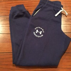 UNDER AMOUR JOGGER